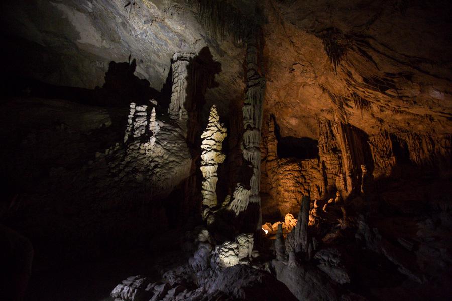 Lewis & Clark Caverns.